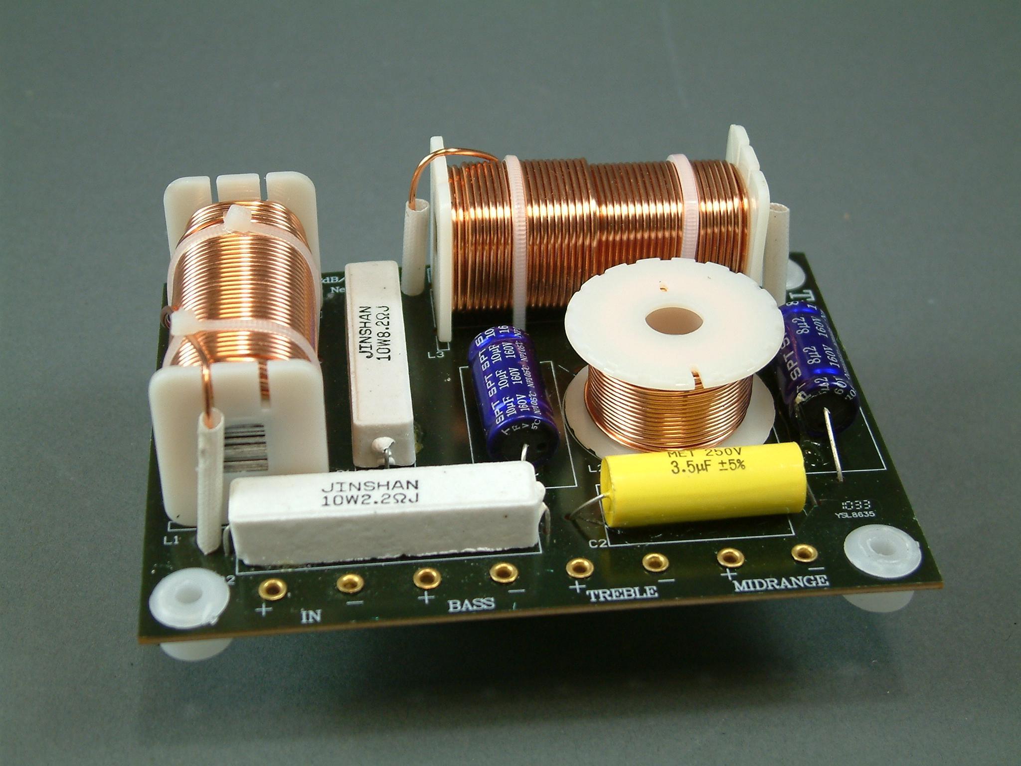 3-way speaker crossover calculator 12db vhf