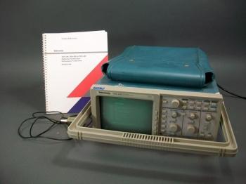 4 Channel Digitalizing Oscilloscope - Tektronix TDS 420 Used