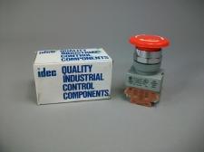 Idec Push-Pull Button AVW401-R Heavy Pilot Duty 120-600V AC -New Old Stock
