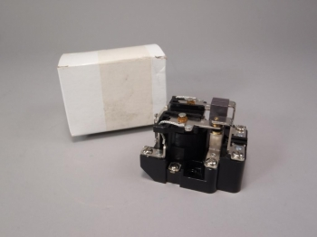 Magnecraft Electric Co. Power Relay W199ABX-14 120VAC 50/60Hz -New Old Stock
