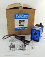 "Pulsatron Series ""E"" Electronic Metering Pump - 6GPD, 150PSI, 230VAC - NIB"