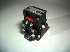 Cutler-Hammer C30CN2A V-Lighting Contactor 30 Amp - NEW