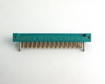 AMP 582843-4 Two-Piece Printed Circuit Edge Connector