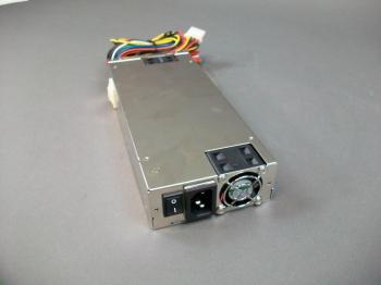 Zippy PH1-6400P Power Supply