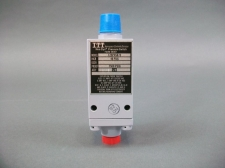 ITT Aerospace Controls Division Neo-Dyn Pressure Switch 125P4S673