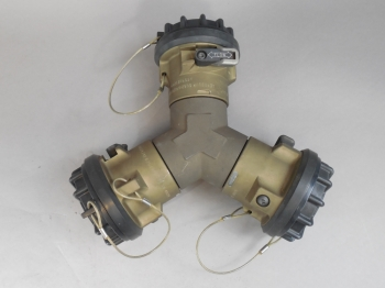 Eaton Aeroquip AE82936R Quick Disconnect Wye NSN: 4730-01-214-0997 NEW